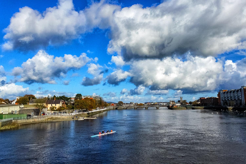 アイルランドを満喫、晴れの日の川下り