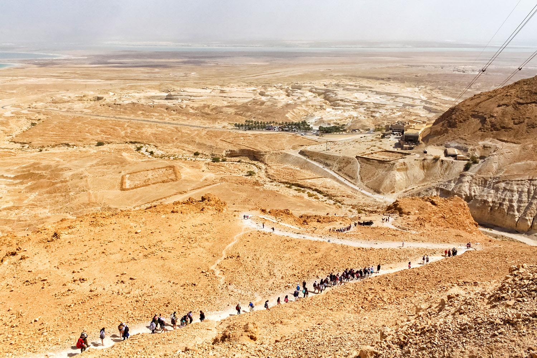 荒野の中に築かれた要塞 マサダ 無料壁紙 商用利用可の画像素材ならfotoma フォトマ