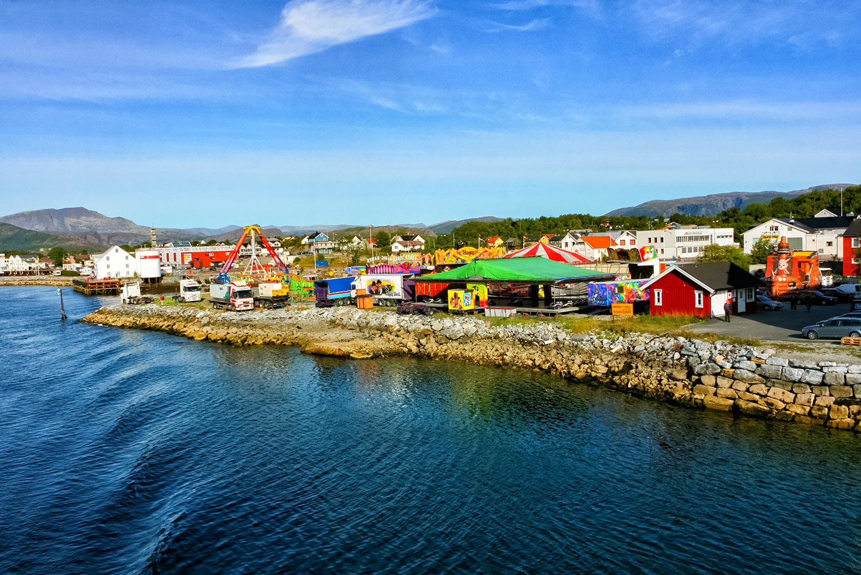 ノルウェー北極圏沿岸の町