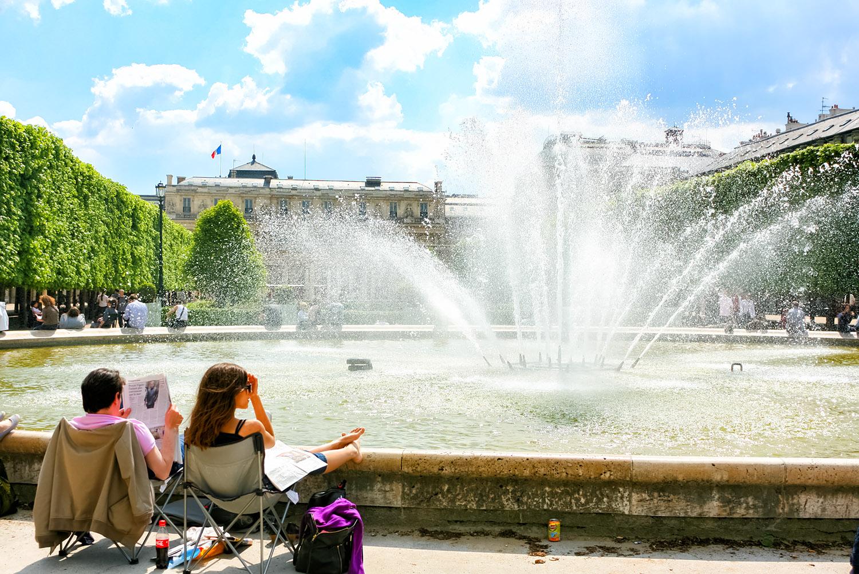 パリの噴水