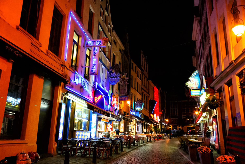 ブリュッセル夜の繁華街
