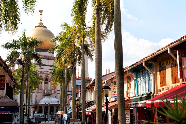 アラブストリートのシンボル、金のドームのサルタンモスク