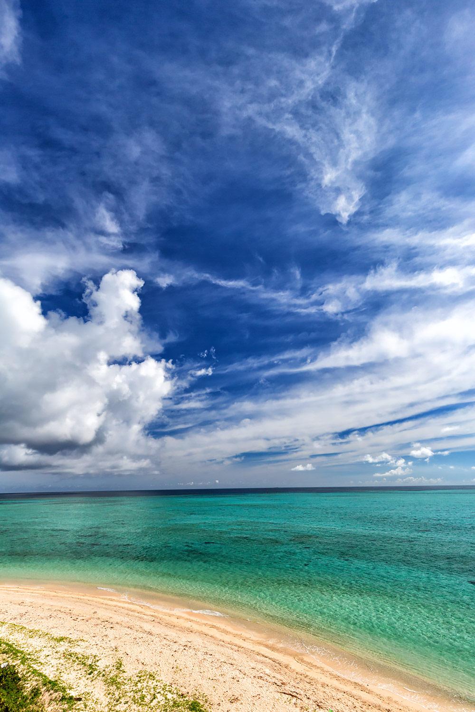 宮古島 緑の海と青い空 無料壁紙 商用利用可の画像素材ならfotoma