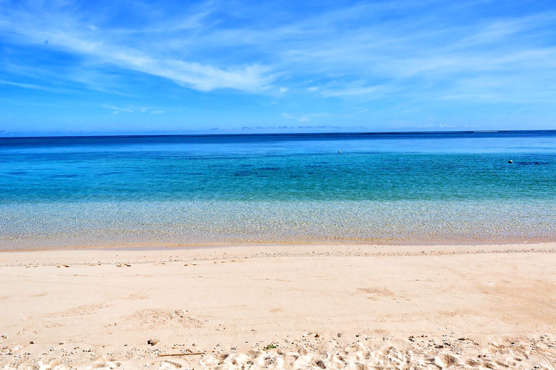 宮古島、五色に変わる海の色