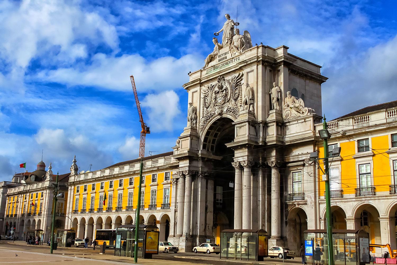 コメルシオ広場、勝利の門(ポルトガル・リスボン)