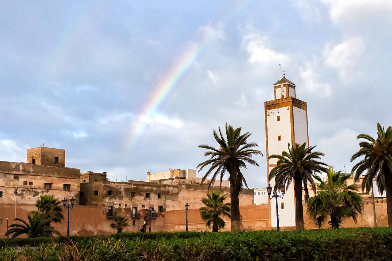 モロッコ世界遺産・エッサウィラの空に現れた虹