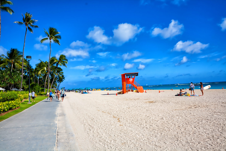 快晴のハワイ 輝く海と砂浜 無料壁紙 商用利用可の画像素材ならfotoma フォトマ