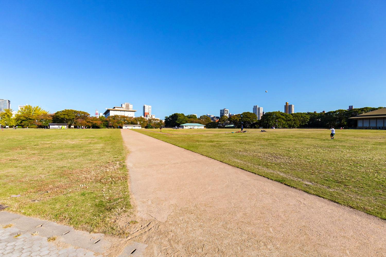 鴻臚館広場