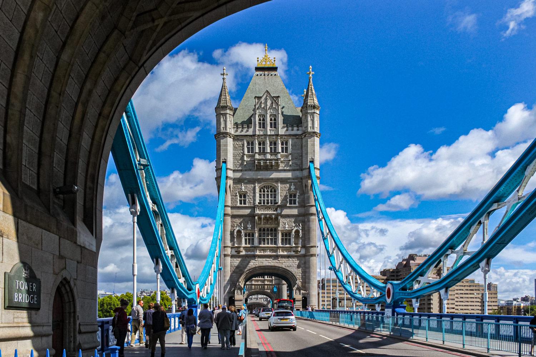 ロンドンのテムズ川 実は跳ね橋タワーブリッジ 無料壁紙 商用利用